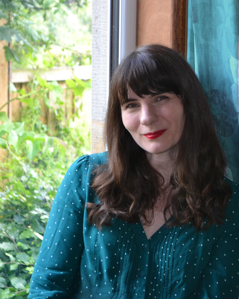Rebecca Hill - portrait artist at Glowbug Design