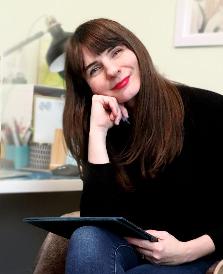 Rebecca Hill - portrait artist and Brand Expert at Glowbug Design